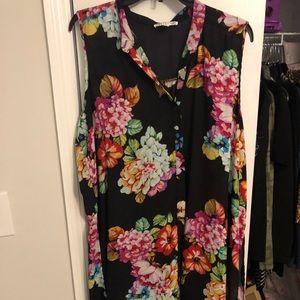 Sleeveless floral kimono!